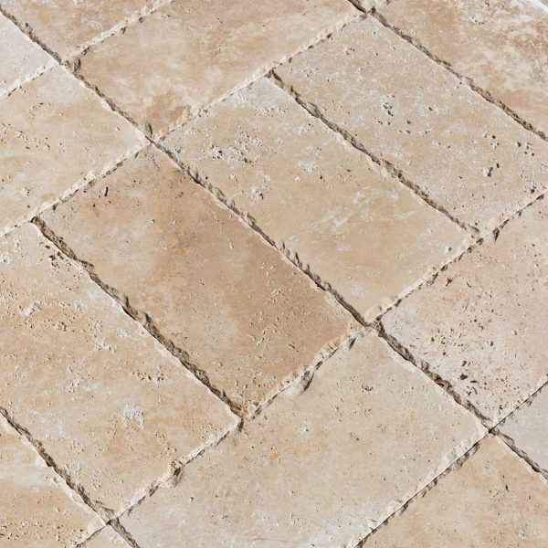20020078-classic-light-travertine-pavers-6x12-multi-top-close-view-www.mayausatile